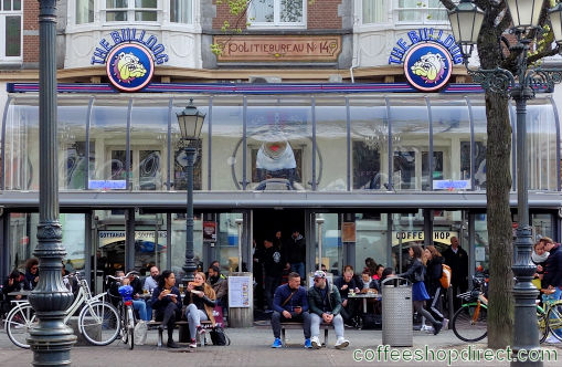 coffee shop The Bulldog Palace, Amsterdam, Noord Holland for cannabis