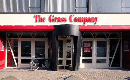 coffee shop The Grass Company 2, Tilburg, Noord Brabant for cannabis with address, telephone number, opening times, email address, Instagram, reviews, map, inside view, picture