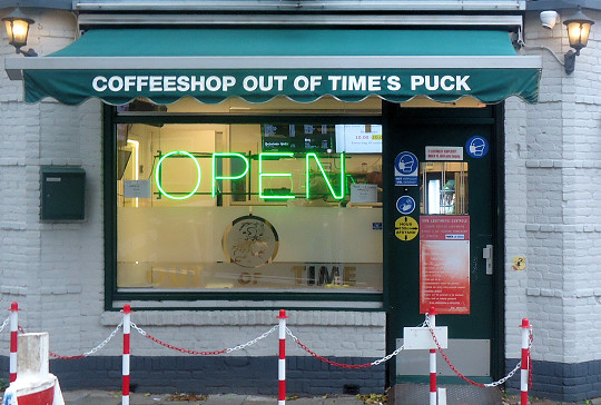 Out of Time's Puck, Rotterdam