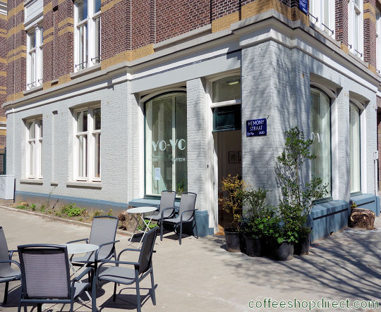 coffee shop Yo-Yo, Amsterdam, Noord Holland for cannabis with address, telephone number, opening times, Facebook, Instagram, reviews, menu, map, inside view, picture